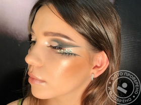 Fashion make up